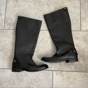 Black leather Frye boot
